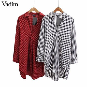 Women V neck small plaid long shirts oversized long sleeve loose blouses female casual work tops blusas LT1445