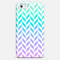 Ombre Herringbone Pattern iPhone 5s case by Organic Saturation | Casetagram