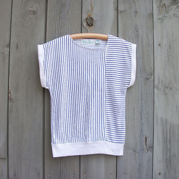 Vintage top | Blue and white nautical stripe 1980s sleeveless T shirt