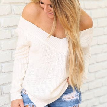 CHERISH THE LIGHT SWEATER - IVORY
