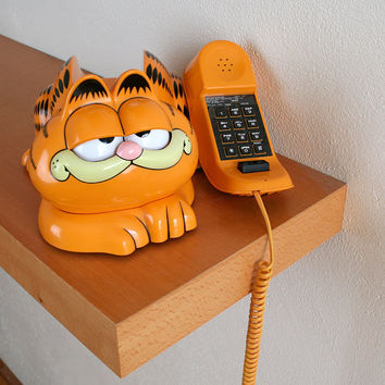 Vintage Garfield Phone - 1980s Tyco Retro Touch Tone Cat Desk Telephone