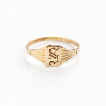 Vintage Art Deco 10k Yellow Gold Letter S Signet Baby Ring - 1920s Size 1 Initial Monogrammed Personalized Midi Knuckle Fine Jewelry