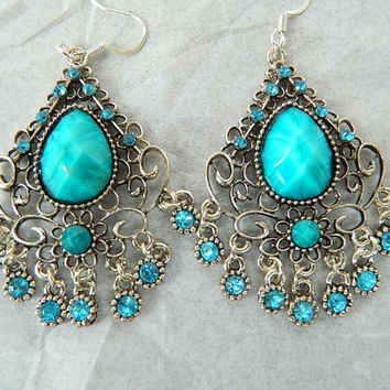 Chandelier earrings blue accents by JewelrybyDecember67 on Etsy