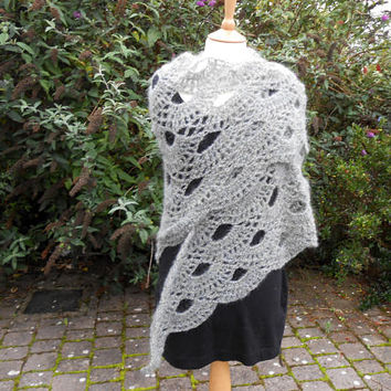 Gray shawl.  Crochet Grey Shawl. Triangular Shawl. Crochet Wrap. Evening Shawl. Ladies Crochet Shawl. Hippie Boho Clothing.  Ready to ship.
