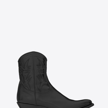 Saint Laurent Santiag 40 Cactus Stitched Western Cropped Boot In Black Leather | ysl.com