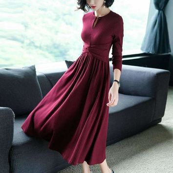 Long Dress Women Elasticity Knitted Favric O Neck Waist Pleasted Long Sleeves Dress 2 Colors New Fashion Style Spring 2018