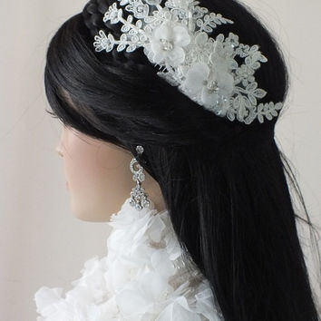 ivory  lace comb, bridal lace hair comb - bridal hair comb - bridal lace headpiece - bridal headpiece - wedding -