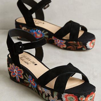 Chelsea Crew Embroidered Floral Sandals