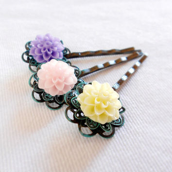SUMMER SWEETNESS Shabby Chic Flower Patina Bobby Pin Set of 3 by WilwarinDesigns