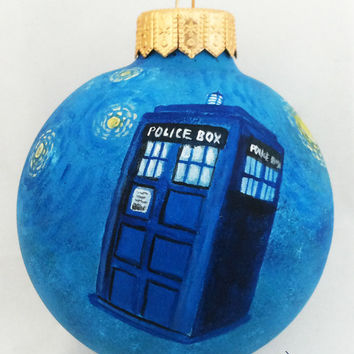 Christmas Ornament Christmas ball Hand Painted Bauble Glass Tardis Doctor Who BBC New year Christmas Craft Gift Fan Geek Magic Fairy