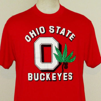 Vintage 80s OHIO St. BUCKEYES GRAPHIC Red College University Men Football Athletic Medium Large 50/50 T-Shirt