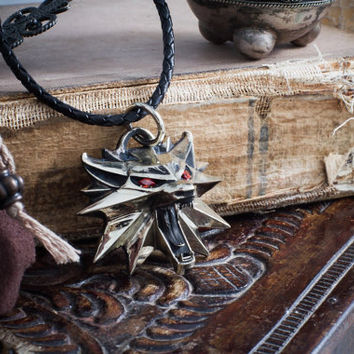 Handmade Geralt's  cosplay full-size wolf medallion with signs!