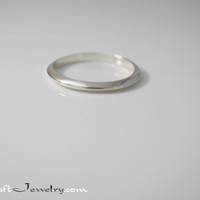 2mm Knife Edge Sterling Silver Ring .925 Plain Classic Wedding Band Promise Ring Triangle Thin Stacking Ring Size 2-15 with 1/2 & 1/4 sizes