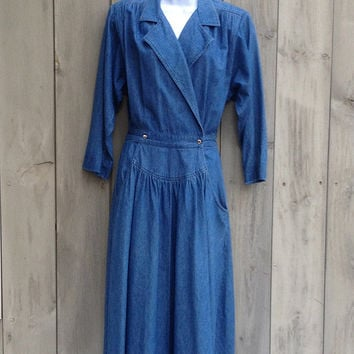 Vintage dress | 1980s chambray denim wrap dress