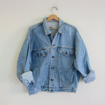 faded Vintage Jordache denim jean jacket / size Medium