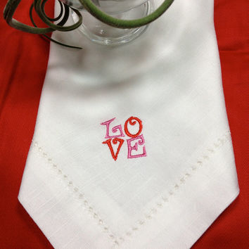 Set of 4 Love Anniversary Day Embroidered Cloth Napkins / Anniversary napkins / Valentine's Day Napkins / Love napkins / red / white / black