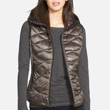Women's Bernardo Reversible Hooded Down & PrimaLoft Fill Vest,
