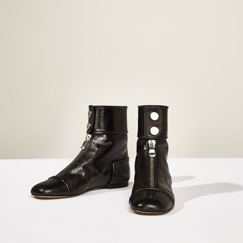 STUDIO FLAT ANKLE BOOTS WITH ZIP DETAILS