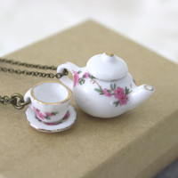 Teapot Necklace by daileedose on Etsy