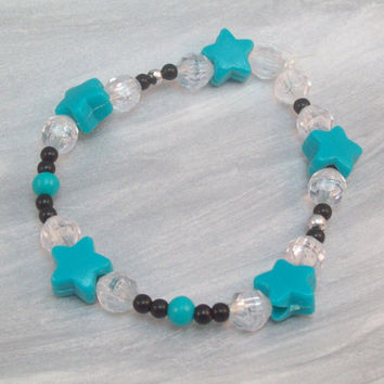 Blue Star and Black and Clear Plastic Beaded Stretch Bracelet Small