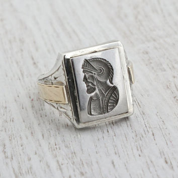 Vintage Sterling Silver & 10K Yellow Gold Cameo Ring - Mens 1930s Art Deco Antique Size 10 Fine Jewelry / Metallic Gray Roman Soldier