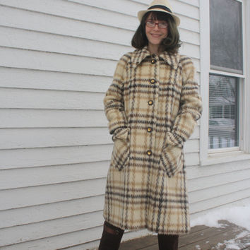 Vintage Plaid Mohair Wool Coat 60s 70s England Mod Cream S