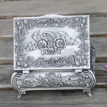 Pewter plated metal jewelry box delicate flower pattern craft home decoration trinket box