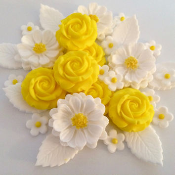 LEMON ROSE BOUQUET edible sugar paste flowers cupcake toppers decorations