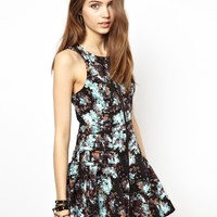 BCBGeneration Dress with Zip Detail in Blot Print