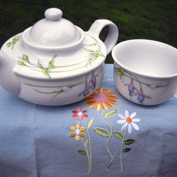 Tascany Teapot with Teacup - Pastel Pink, Purple Green -Prelude Toscany Collection Ceramic Teapot Cup Combo Fuschia Flower TEA POT Japan
