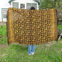 VIntage floral fringed scarf. large beach blanket. sarong wrap.