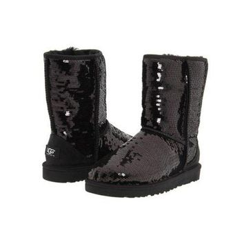 DCCKIN2 Ugg Boots Cyber Monday 2016 Classic Short Sparkles 3161 Black For Women 114 45