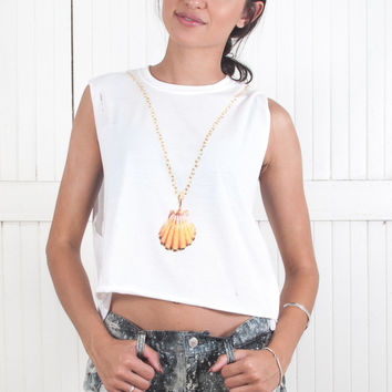 Sunrise Shell Necklace Crop Muscle Tee
