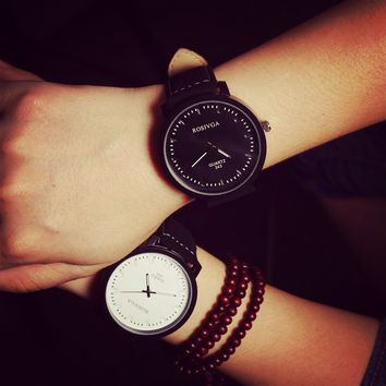 Fashion Korean Vogue Style Lovers Couple Watches Men Women Analog Quartz Watch For Valentine Gift Leather Wrist watches