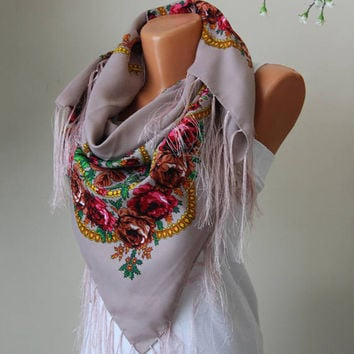 Russian Scarf-Fringe Scarf-Triangle Scarf-Mother Days gift-Women Accessories-Women Scarves-Shawl-accessories-trendy scarf-Begie scarf