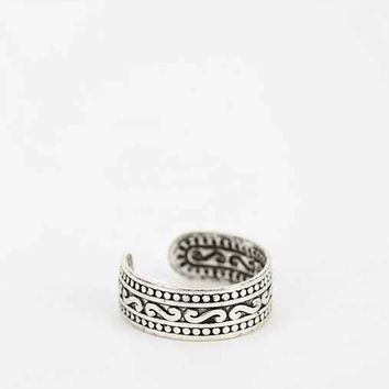 Etched Toe Ring- Silver One