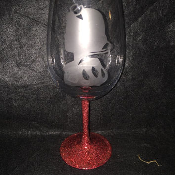 Snow White etched wine glass with glittered stem inspired by Disney's Snow White and the Seven Dwarves