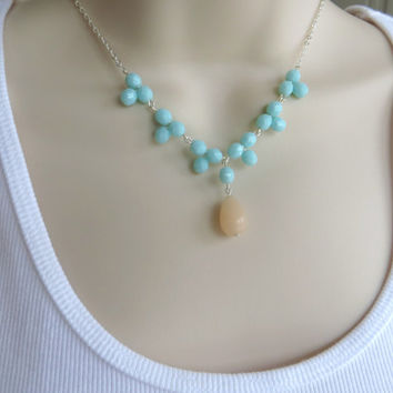 Beaded Mint Necklace. Aqua Blue Statement Necklace. Aqua Pendant Necklace. Silver Necklace.