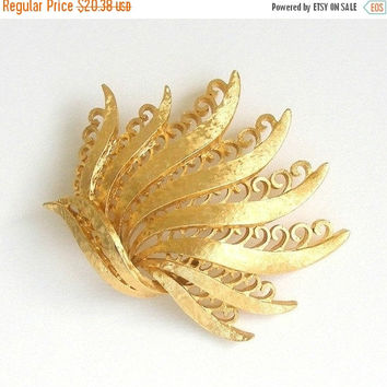 SALE Vintage Monet Brooch, 1970s Abstract Brooch, Large Textured Gold Tone Botanical Brooch, Signed Monet.
