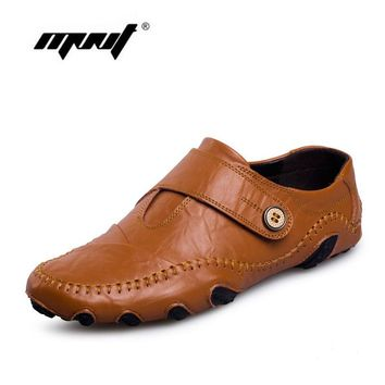 Fashion British Style Men Causal Shoes Genuine Leather Slip On Men Shoes High Quality Outdoor Shoes Zapatos Hombre