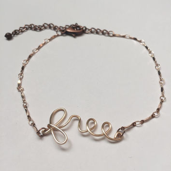 """Boho Wire Word Anklet - """"Free"""""""