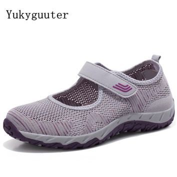 Sports Hiking Shoes Women Outdoor Trekking Walking Climbing Shoes 2018 Summer Style Breathable Mesh Shoes Woman Boots Sneakers