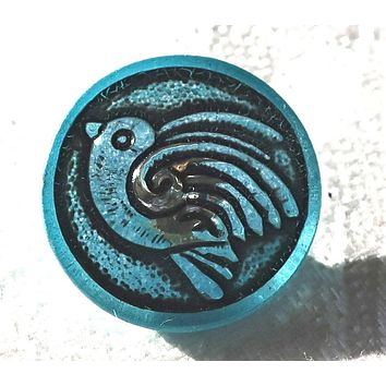 One 18mm Czech glass bird button, turquoise blue with a black wash, decorative shank buttons 05201