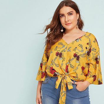 Plus Floral Print Tie Front Bell Sleeve Blouse