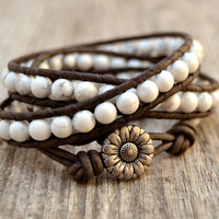 White howlite bracelet. Rustic bohemian chic wrap. White and grey beaded leather bracelet