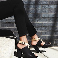 intentionally blank Womens Florence Heel