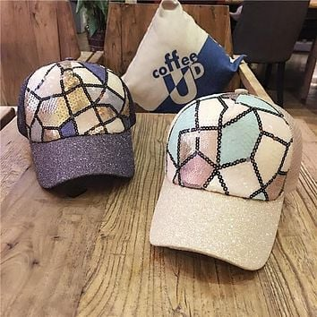 Female Young Korean Spring Sequined Hat Geometric Leisure 2017 Summer Baseball Caps Women Fashion Sun Shading Peaked Cap Sport