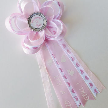 It's A Girl Mommy to Be Corsage, Baby Shower Pin, Daddy to Be, Aunt to Be Pin, Baby Girl Baby Shower Decor, Grandma to Be Corsage