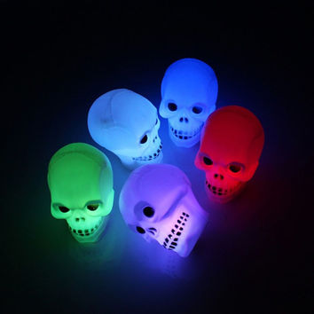 New 1pc Skull Mix LED Flash Light scary novelty night light Night bedroom luminous lamp Multicolor Gift for Fun