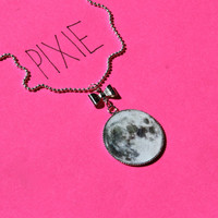 Moon cameo necklace with bow